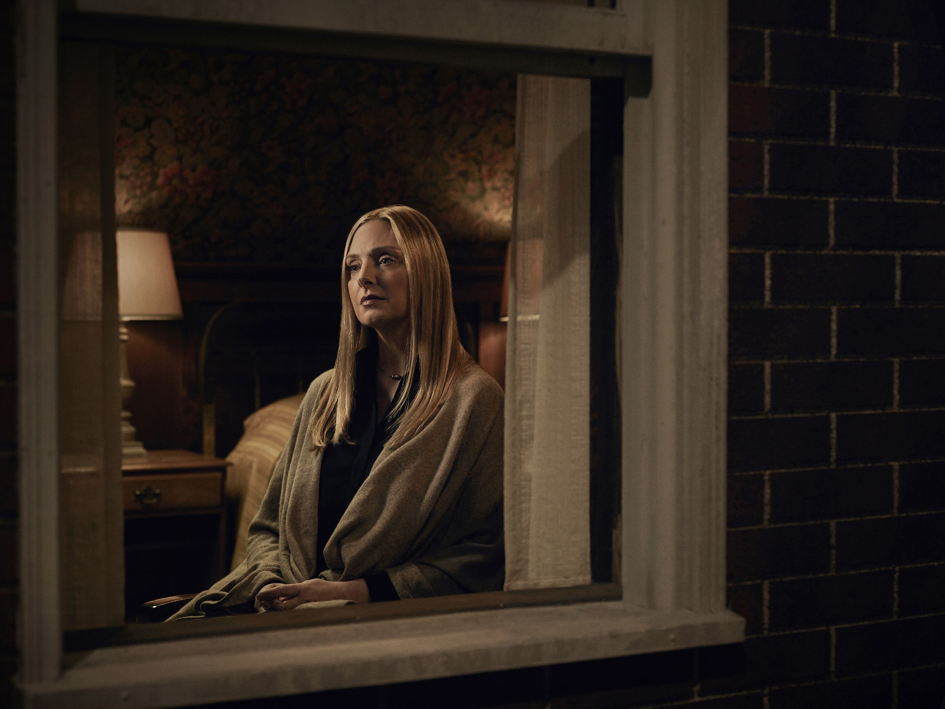 WAYWARD PINES: Hope Davis as Megan Fisher in season two of WAYWARD PINES premiering Wednesday, May 25 (9:00-10:00 PM ET/PT) on FOX. ©2016 Fox Broadcasting Co. Cr: Patrick Hoelck/FOX