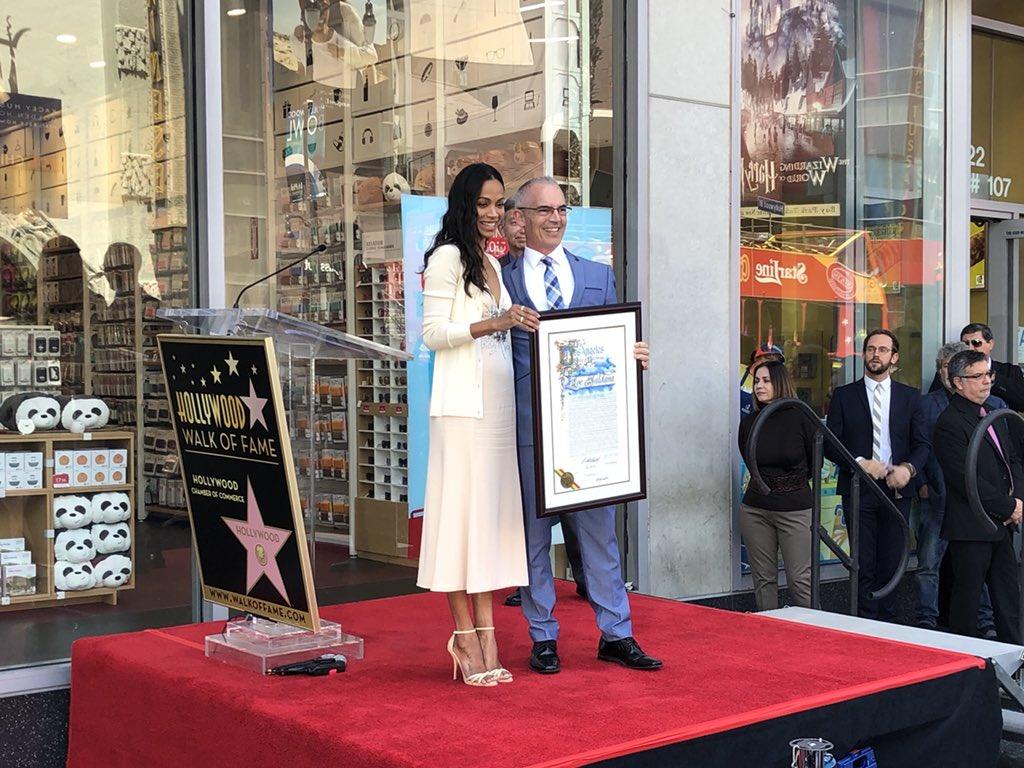 Зоуи Салдана със звезда на Алеята на Славата
