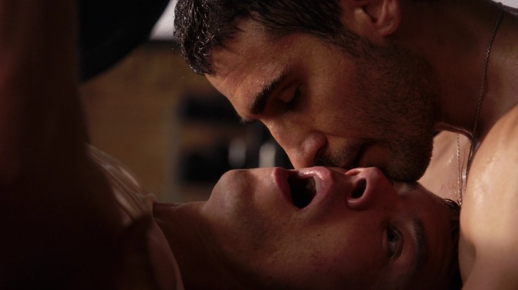 секс сцени в Sense8